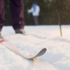 Skis de fond : le guide pour bien choisir